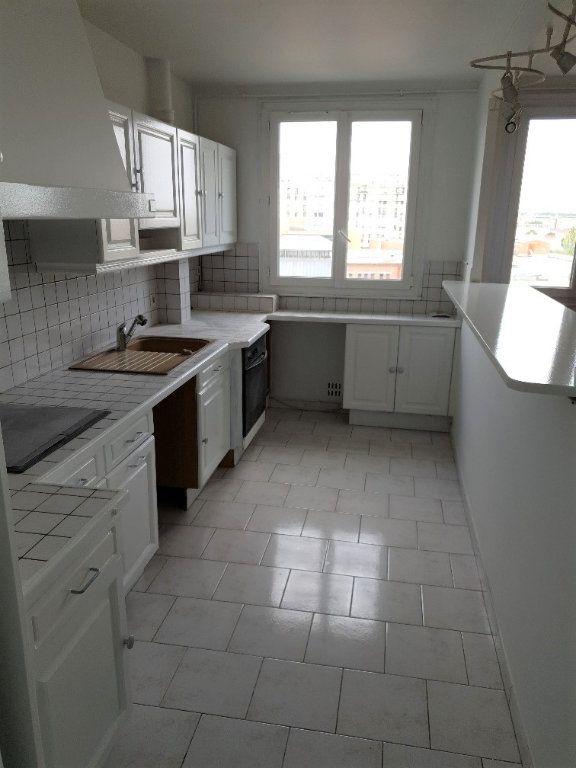 Appartement à louer 4 74m2 à Ivry-sur-Seine vignette-5