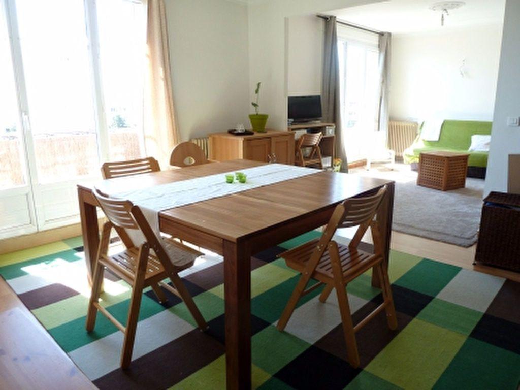 Appartement à louer 4 72.91m2 à Ivry-sur-Seine vignette-1