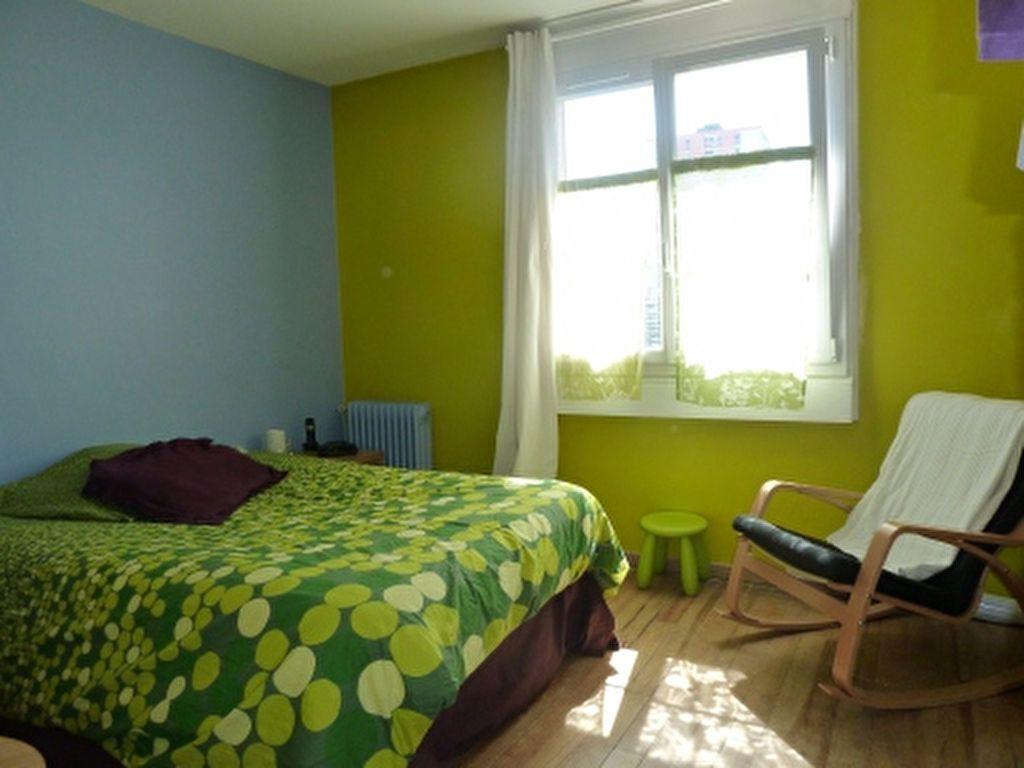 Appartement à louer 4 72.91m2 à Ivry-sur-Seine vignette-3