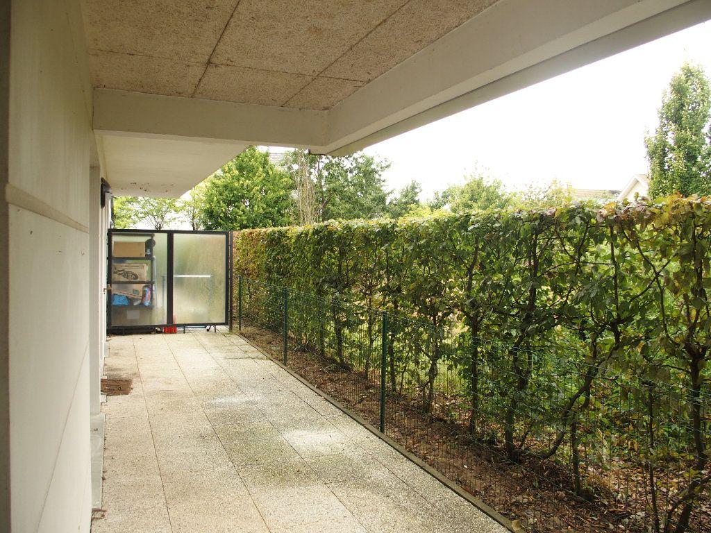 Appartement à louer 2 42m2 à Bois-d'Arcy vignette-5