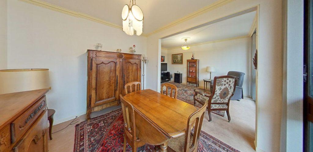 Appartement à vendre 3 66m2 à Fontenay-le-Fleury vignette-2