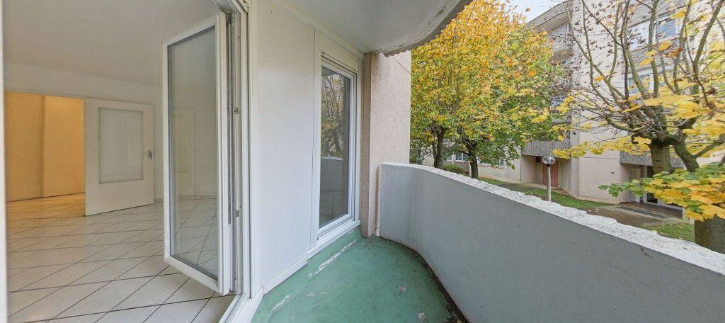 Appartement à vendre 3 70m2 à Montigny-le-Bretonneux vignette-4