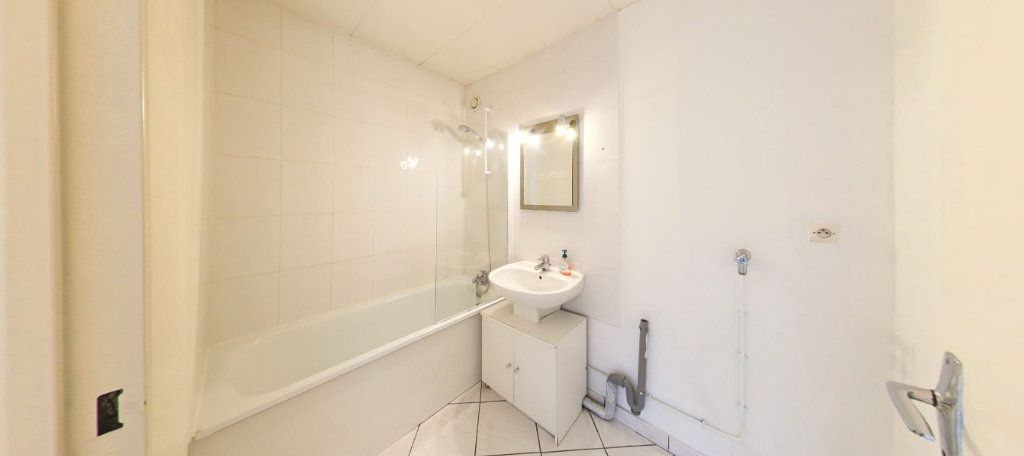 Appartement à vendre 3 70m2 à Montigny-le-Bretonneux vignette-6