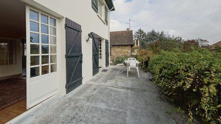 Maison à vendre 7 145m2 à Fontenay-le-Fleury vignette-1