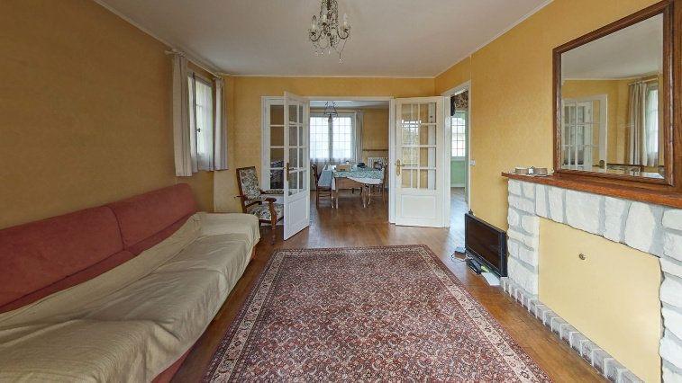 Maison à vendre 7 145m2 à Fontenay-le-Fleury vignette-2