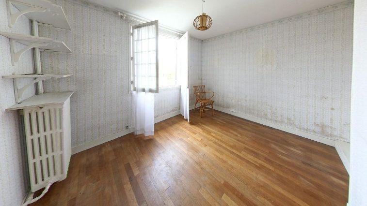 Maison à vendre 7 145m2 à Fontenay-le-Fleury vignette-6