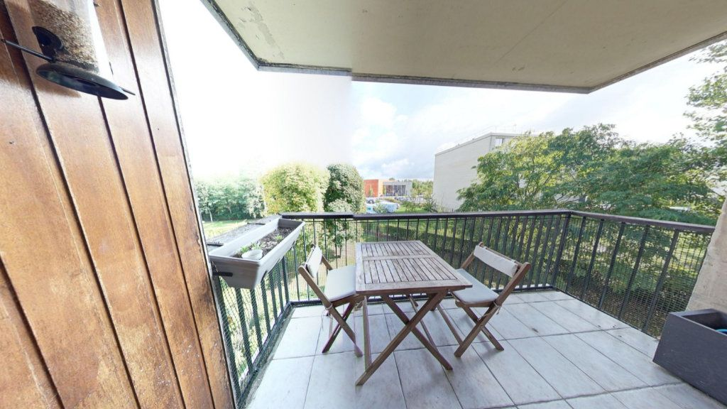 Appartement à vendre 3 68m2 à Fontenay-le-Fleury vignette-2