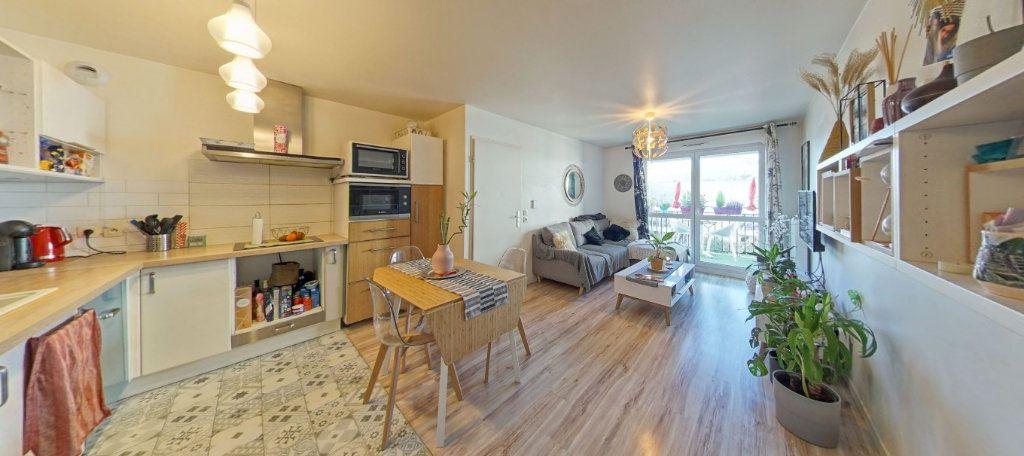 Appartement à vendre 2 45m2 à Fontenay-le-Fleury vignette-1