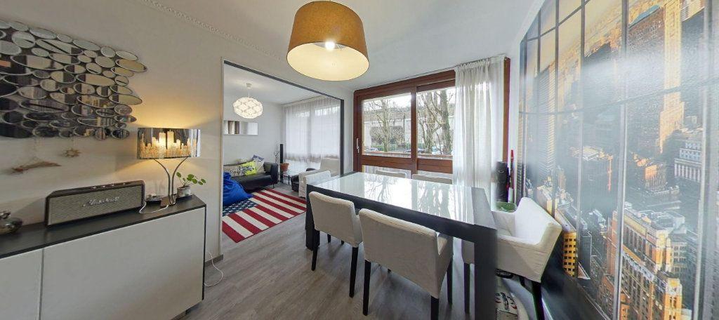 Appartement à vendre 3 67m2 à Fontenay-le-Fleury vignette-1