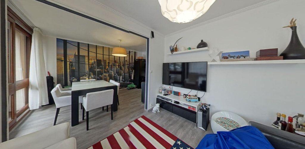 Appartement à vendre 3 67m2 à Fontenay-le-Fleury vignette-2