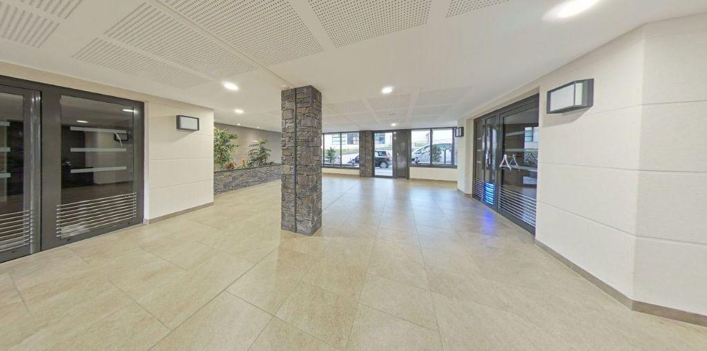 Appartement à vendre 2 42.41m2 à Fontenay-le-Fleury vignette-7