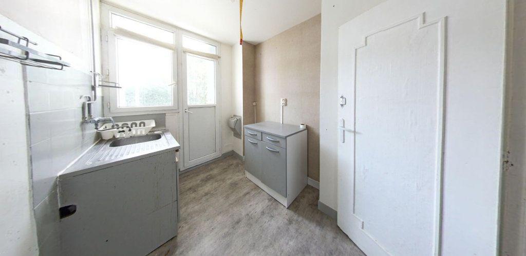 Appartement à vendre 3 55m2 à Fontenay-le-Fleury vignette-2