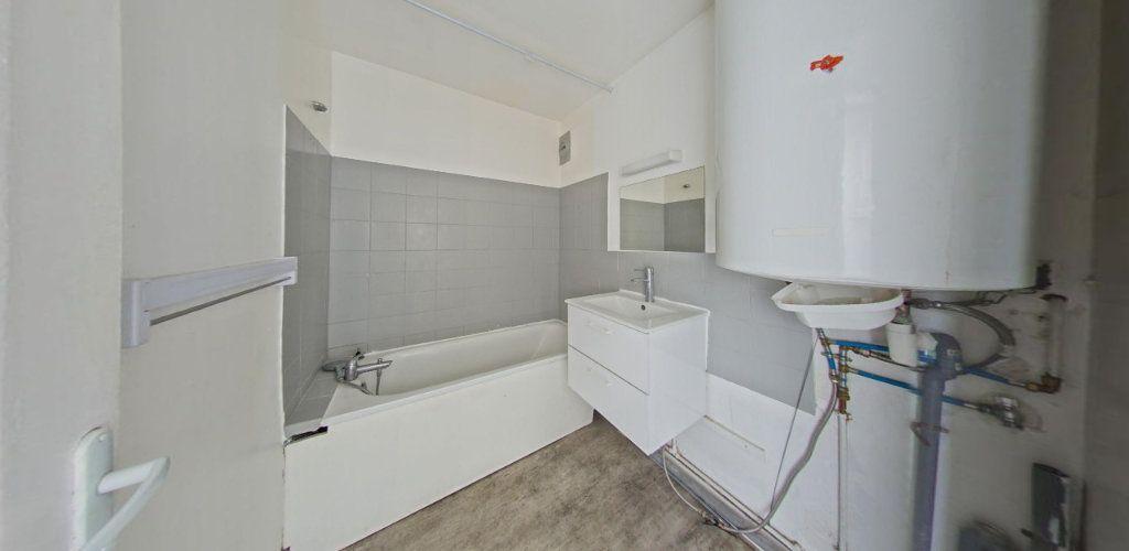 Appartement à vendre 3 55m2 à Fontenay-le-Fleury vignette-5