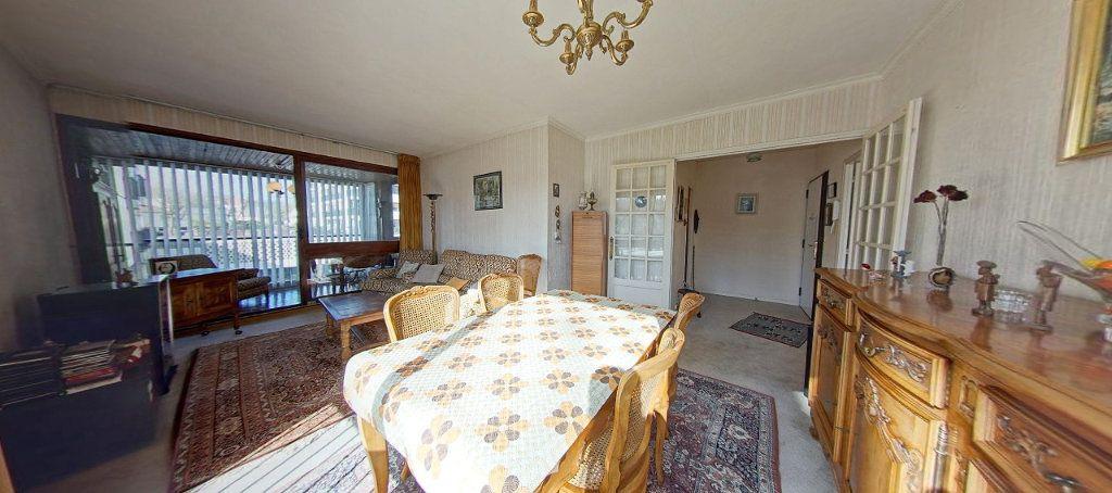 Appartement à vendre 3 58m2 à Fontenay-le-Fleury vignette-1