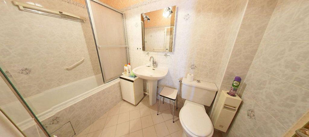 Appartement à vendre 3 58m2 à Fontenay-le-Fleury vignette-5