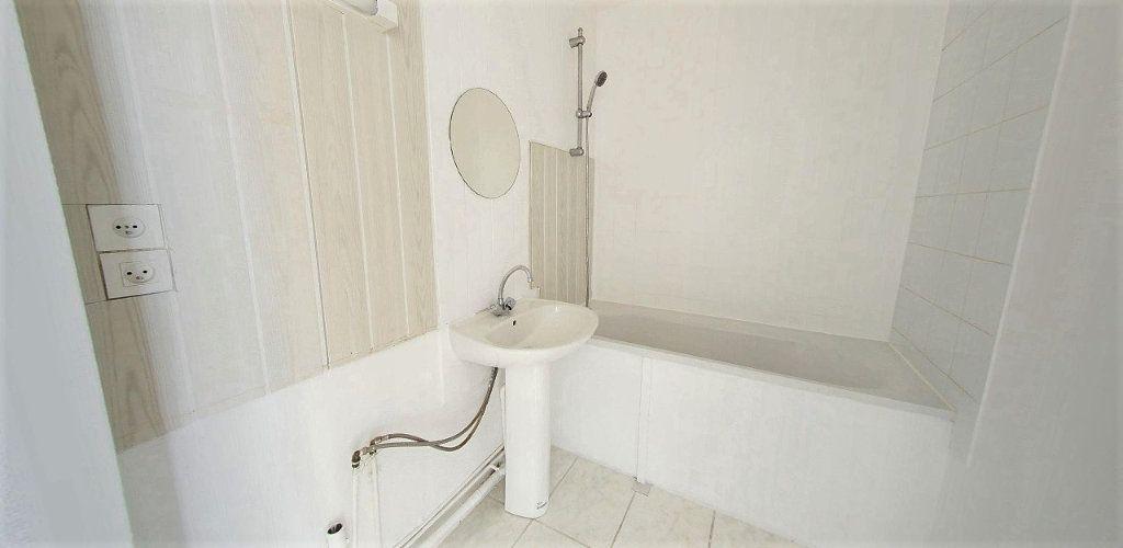 Appartement à vendre 4 69m2 à Fontenay-le-Fleury vignette-3
