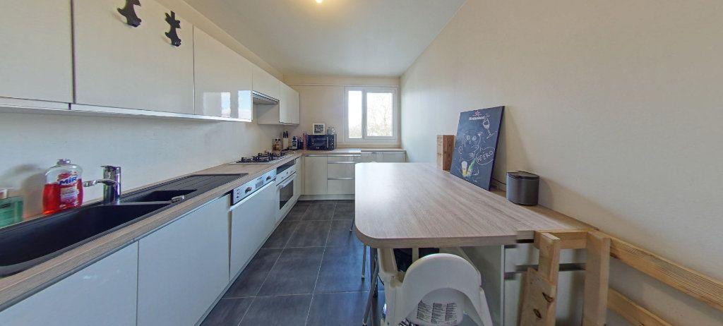 Appartement à vendre 3 74m2 à Fontenay-le-Fleury vignette-2