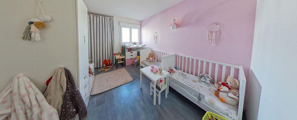 Appartement à vendre 3 74m2 à Fontenay-le-Fleury vignette-5