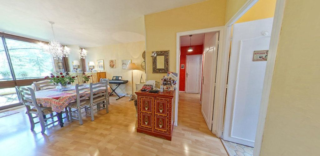 Appartement à vendre 3 65m2 à Fontenay-le-Fleury vignette-3