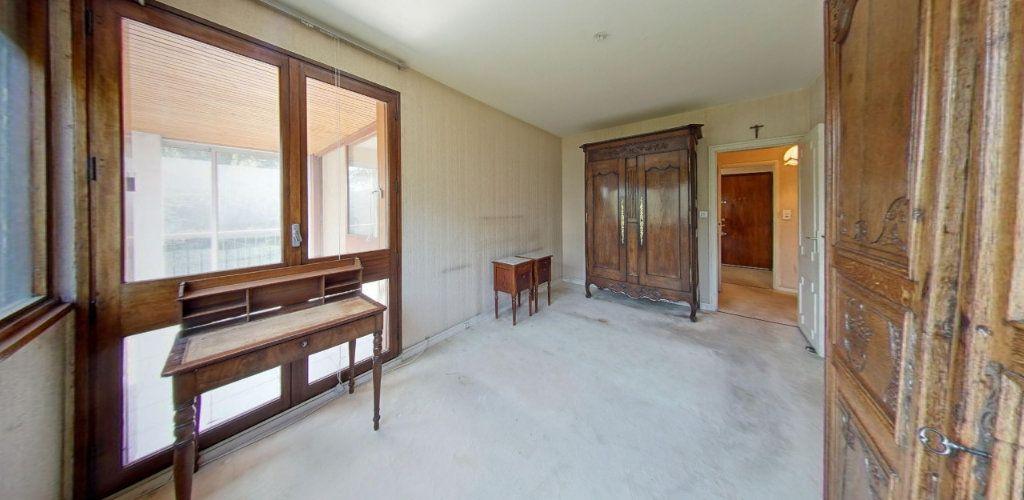 Appartement à vendre 2 58m2 à Fontenay-le-Fleury vignette-4