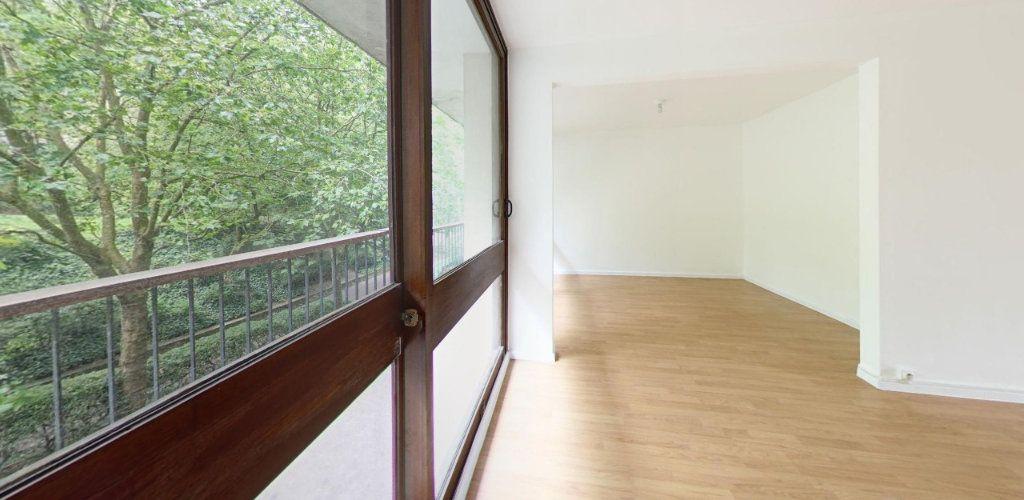 Appartement à louer 3 64m2 à Fontenay-le-Fleury vignette-2