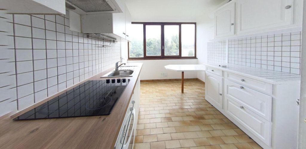 Appartement à louer 3 64m2 à Fontenay-le-Fleury vignette-3