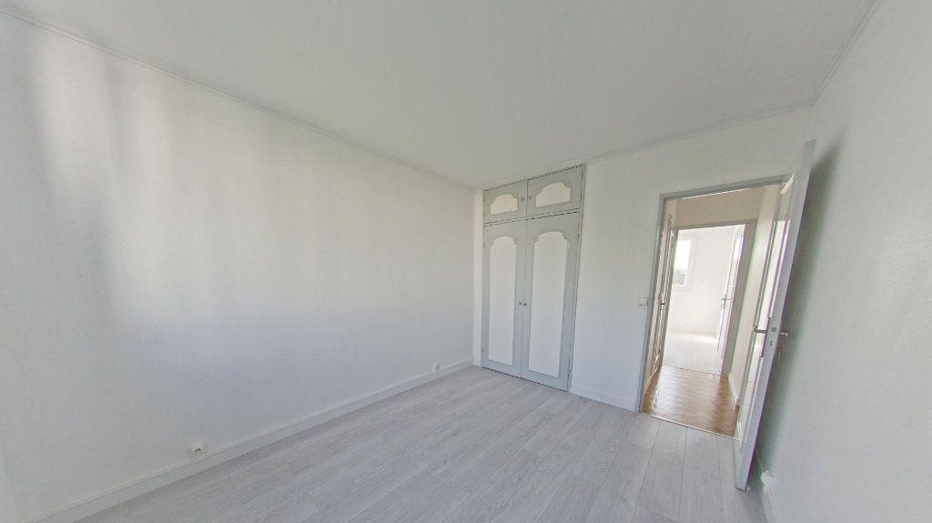Appartement à louer 3 56.91m2 à Bois-d'Arcy vignette-5