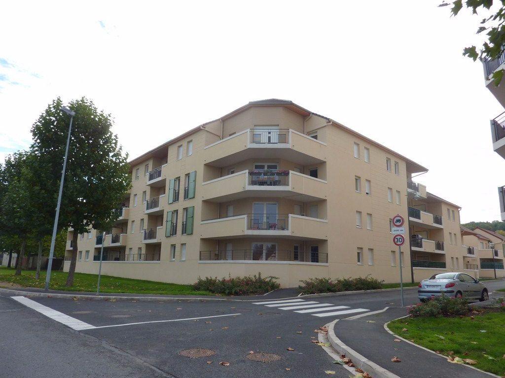 Appartement à vendre 2 42m2 à Coulommiers vignette-1