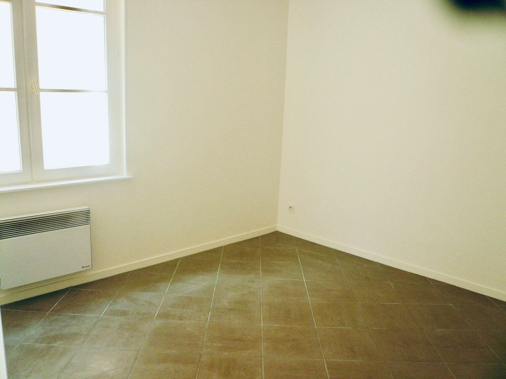 Appartement à louer 2 35.44m2 à Coulommiers vignette-4