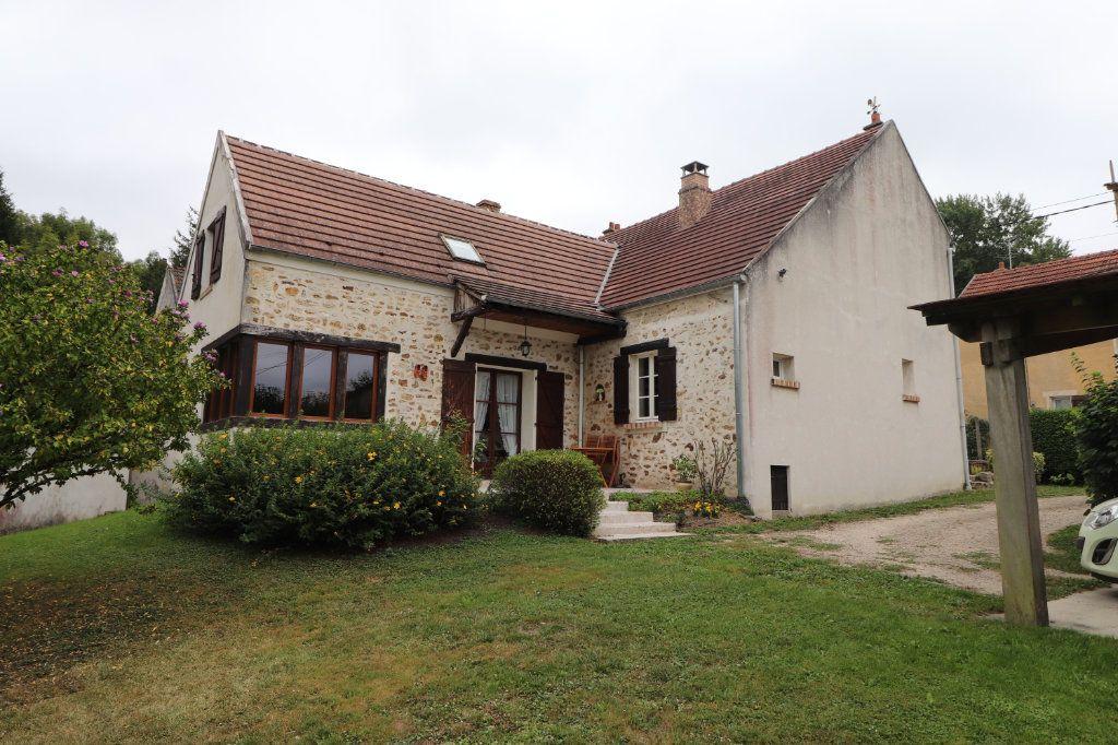Maison à vendre 6 171.61m2 à Pommeuse vignette-1