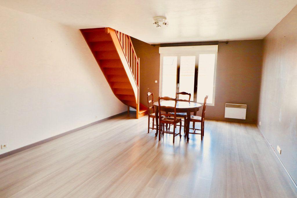 Appartement à vendre 4 87m2 à Coulommiers vignette-2