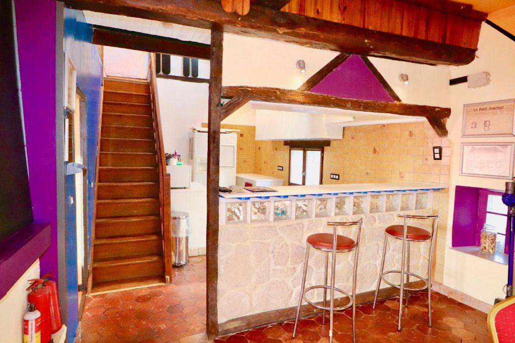 Maison à vendre 4 163m2 à Chauffry vignette-7