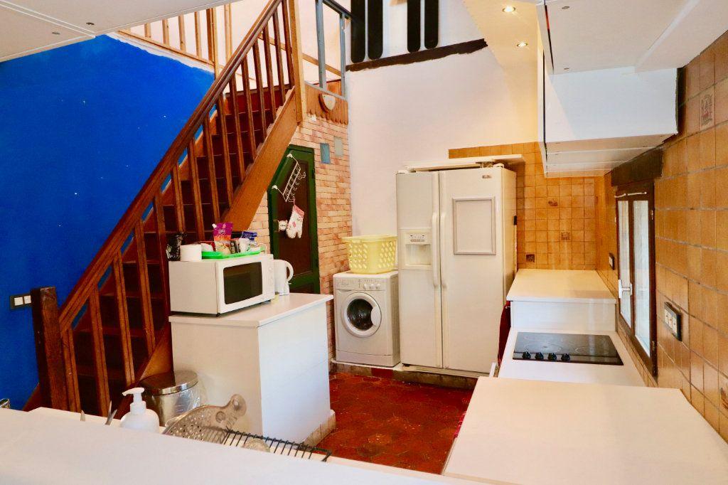 Maison à vendre 4 163m2 à Chauffry vignette-9