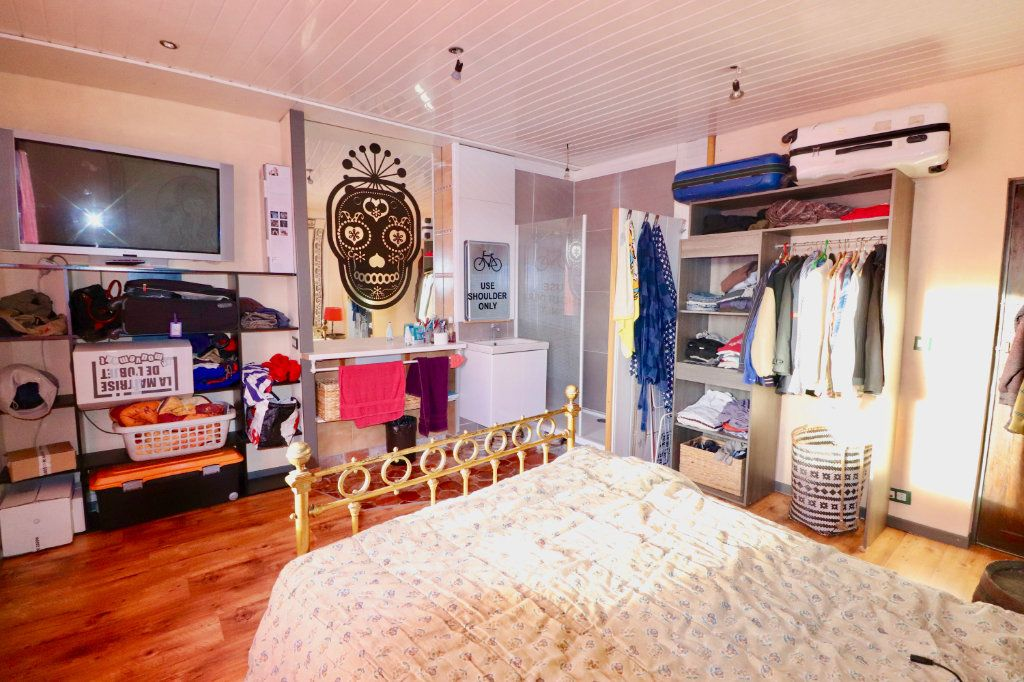 Maison à vendre 4 163m2 à Chauffry vignette-10