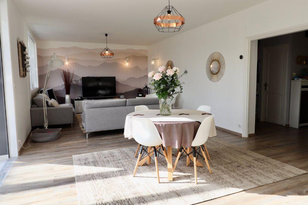 Maison à vendre 5 190m2 à Armentières-en-Brie vignette-2