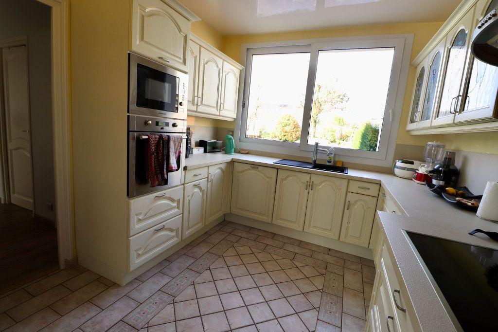 Maison à vendre 5 190m2 à Armentières-en-Brie vignette-4