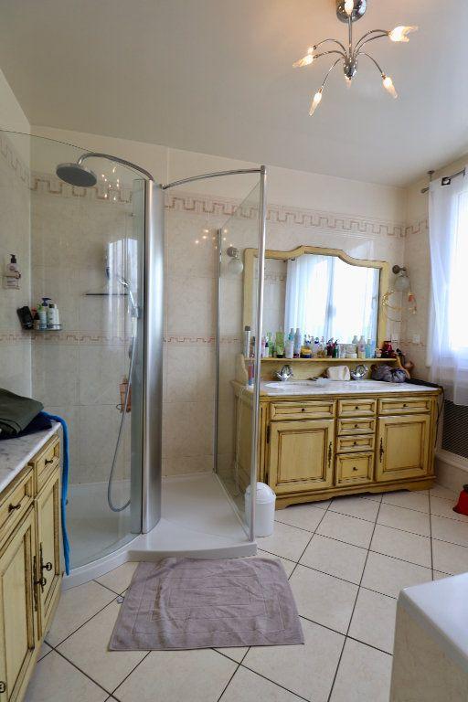 Maison à vendre 5 190m2 à Armentières-en-Brie vignette-6