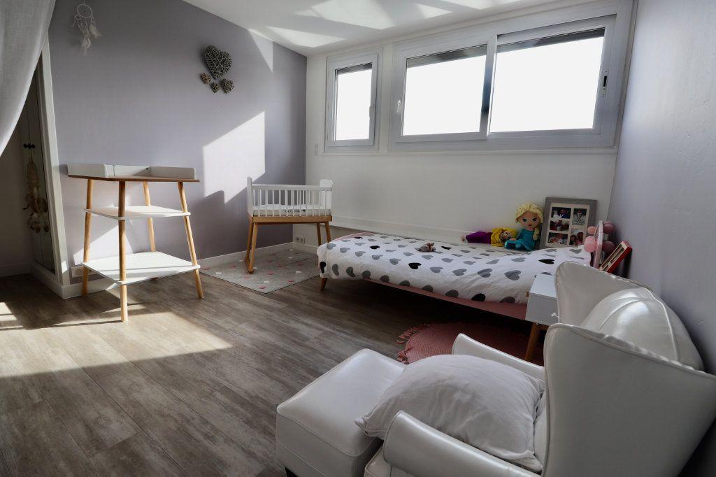 Maison à vendre 5 190m2 à Armentières-en-Brie vignette-7