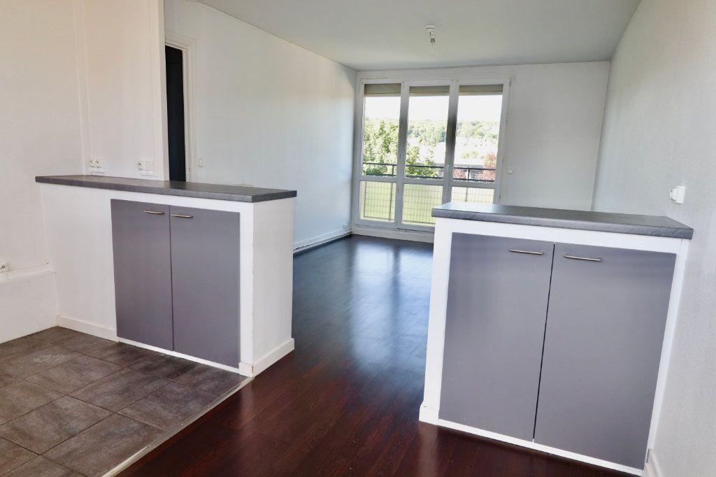 Appartement à vendre 4 64m2 à Coulommiers vignette-2