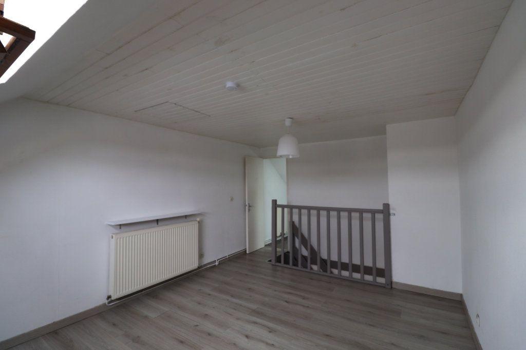 Appartement à louer 2 36m2 à Coulommiers vignette-2