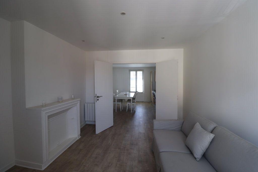 Appartement à louer 3 65.7m2 à Coulommiers vignette-4