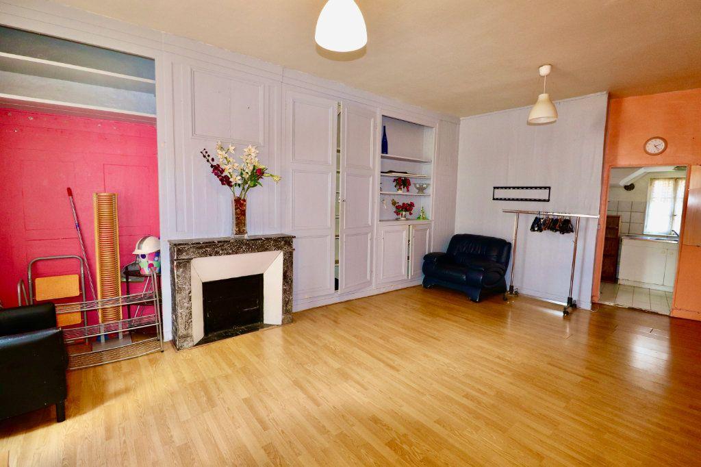 Appartement à vendre 3 57m2 à Coulommiers vignette-1