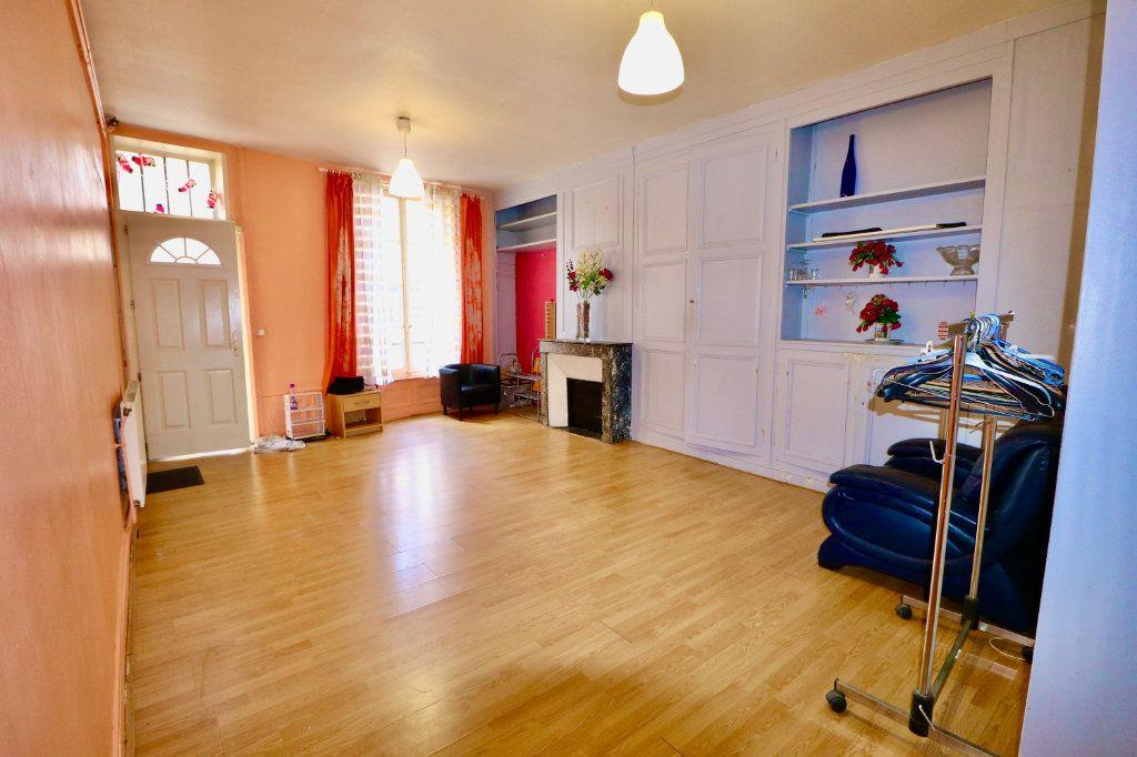 Appartement à vendre 3 57m2 à Coulommiers vignette-2