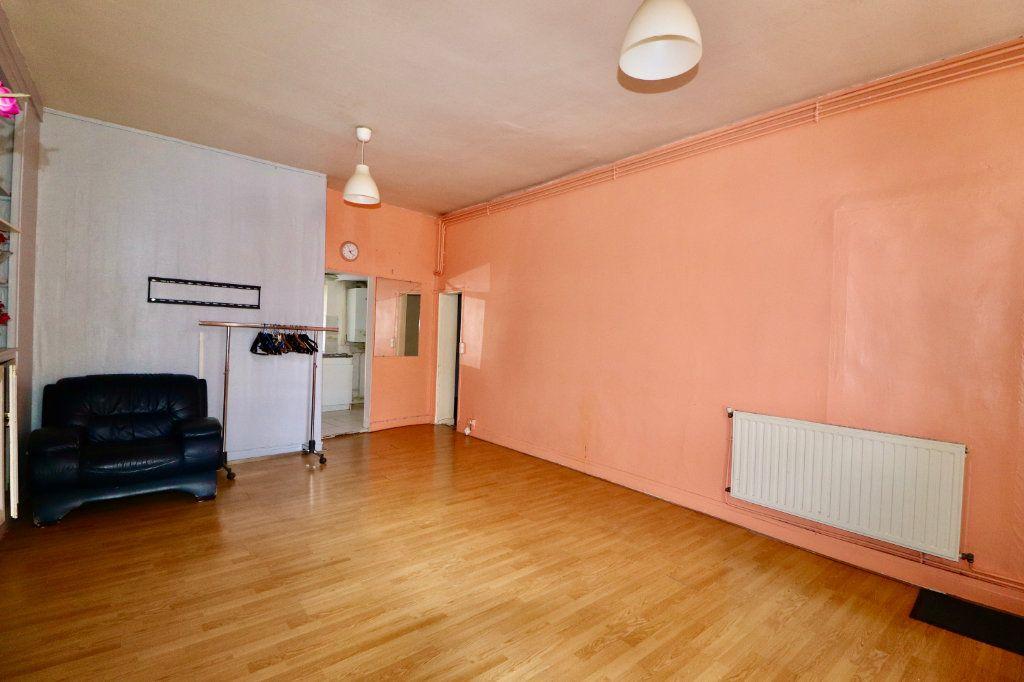 Appartement à vendre 3 57m2 à Coulommiers vignette-3