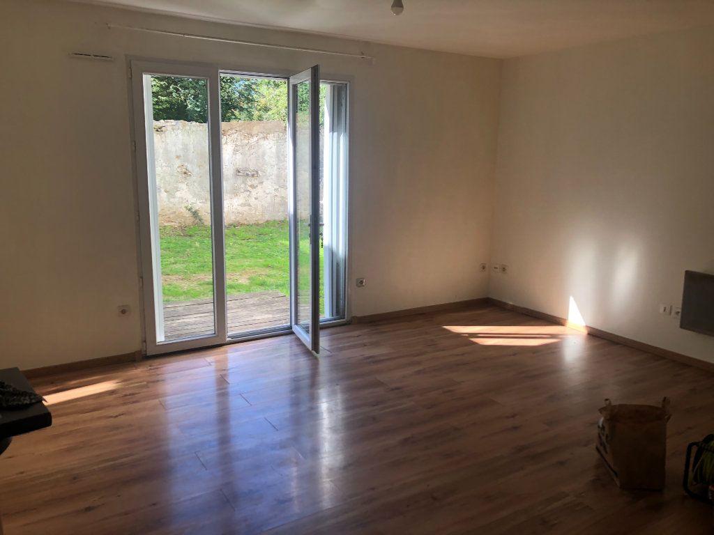Appartement à vendre 1 27.92m2 à Coulommiers vignette-1