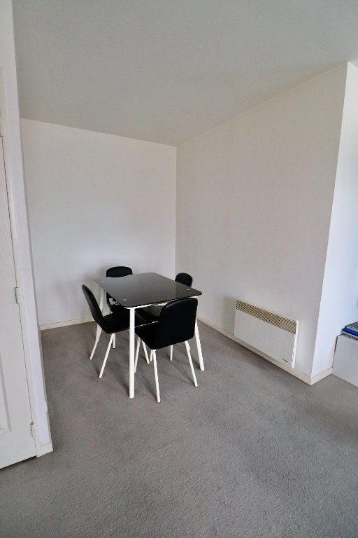 Appartement à vendre 2 56.52m2 à Coulommiers vignette-4