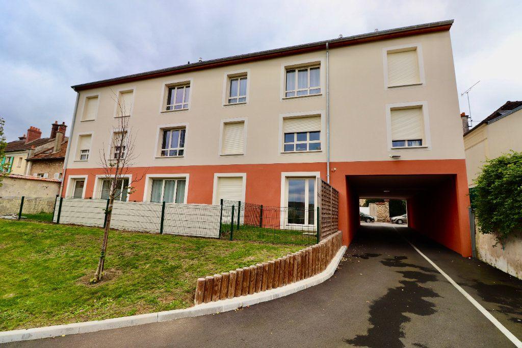 Appartement à vendre 3 56m2 à Coulommiers vignette-1