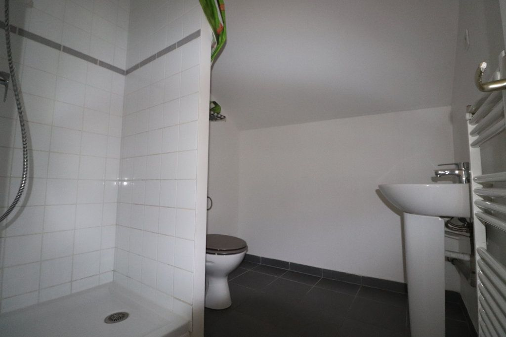 Appartement à louer 2 29.09m2 à La Ferté-Gaucher vignette-4