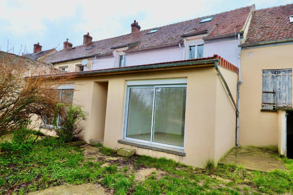 Appartement à vendre 2 33.1m2 à Boissy-le-Châtel vignette-1