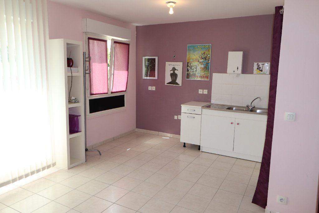 Appartement à vendre 3 70.05m2 à Coulommiers vignette-1